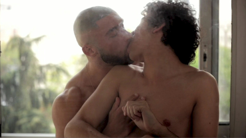 Schwulen Film Deutsch - Verdorbene Girls nackt vor der