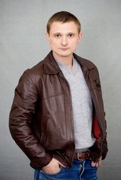 Florian Lukas Filmbild 809044 Weissensee (2. Staffel, 6 Folgen) (ARD) / Florian Lukas
