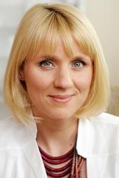 Winnie Böwe Filmbild 813486 Familie Dr. Kleist (5. Staffel, 13 Folgen) (ARD) / Winnie Böwe