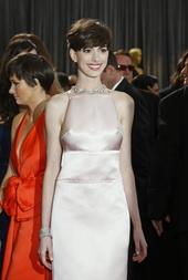 Anne Hathaway Künstlerporträt 773739 Anne Hathaway / 85th Academy Awards 2013 / Oscar 2013