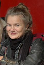 Karin Kaper Künstlerporträt 889669 Karin Kaper