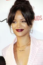 Rihanna Künstlerporträt 899606 Rihanna / It's Not Over Premiere