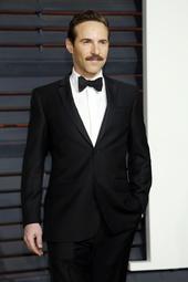 Alessandro Nivola Künstlerporträt 911696 Nivola, Alessandro / Vanity Fair Oscar Party 2015