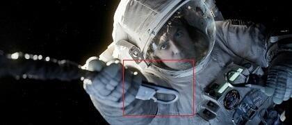 """Zu welchem Film gehört dieser Ausschnitt? - Das Bild stammt aus """"Gravity"""". Und am Haken hängt hier George Clooney - noch. Denn die ganze Tragik des epochalen Astronauten-Dramas um Clooney und Sandra Bullock folgt bald nach dieser Szene. Bild-3"""