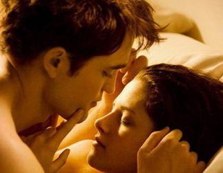 Robert Pattinson knutscht 'Twilight'-Wolf Taylor Lautner